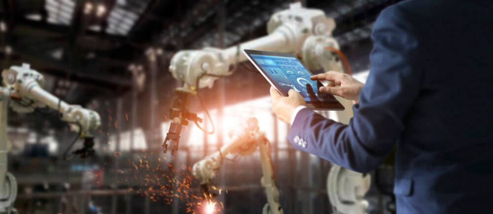 Smart Manufacturing Going from Traditional to Digital